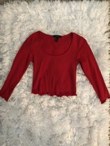 Forever 21 Red Long Sleeve Crop Top Size: Small in Okinawa, Japan
