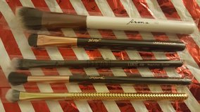 make up brushes in Fairfield, California