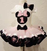 Premade discounted birthday set in Travis AFB, California