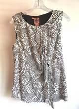 Women's Tory Burch Blouse Size 8 Excellent Condition! in Beaufort, South Carolina