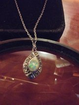 Vintage Necklace  Opal in Fort Polk, Louisiana