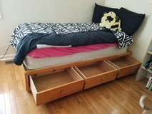 Twin Flatform Bed w/3 drawers and headboard hutch in Fort Knox, Kentucky