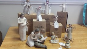 WILLOW TREE Figurines in St. Charles, Illinois