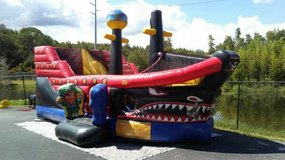Tampa Area Combo Bounce House wet/dry per day in MacDill AFB, FL