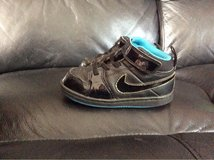 boys infant size 7 Nike trainers in Lakenheath, UK