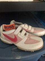 women's Nike golf shoes size 8 in Perry, Georgia