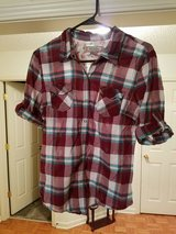 SHIRT SIZE LARGE JR  (ARIZONA) in Fort Campbell, Kentucky