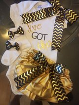 PERFECT GIFT FOR BABY----12 months black and gold in Baytown, Texas