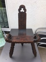 Antique, Hand Carved Spanish or Italian Birthing/Labor chair. in Stuttgart, GE