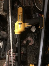 dewalt cordless 20v caulk/adhesive gun in Cleveland, Ohio