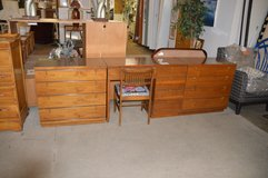2 4 Drawer Chests & Matching Bedroom Desk in Tacoma, Washington