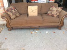 Man Cave Couch / Comfy Couch in Fairfield, California
