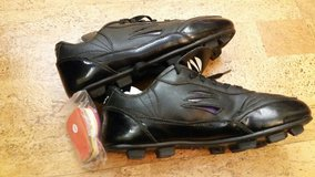 Soccer cleats 8EE wide in Tinley Park, Illinois