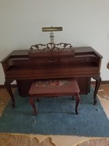 piano in St. Charles, Illinois