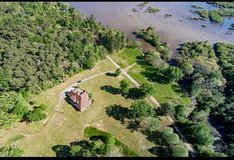 BEAUTIFUL HOME ON NORTH TOLEDO BEND in Fort Polk, Louisiana