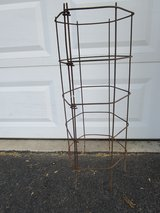 HEAVY DUTY TOMATO CAGES in Lockport, Illinois