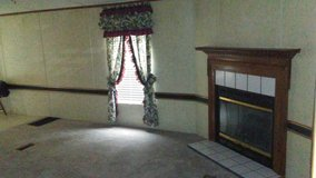 2000 mobile home an land x pics in Fort Campbell, Kentucky