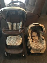 Car seat stroller combo in Fort Drum, New York
