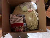 Fabric scraps & yards in Tinley Park, Illinois