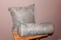 Blue Damask Throw Pillow Set in Fort Leonard Wood, Missouri