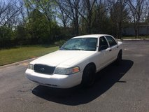 2006 FORD CROWN VIC WITH 121,000 MILES in Fort Rucker, Alabama