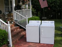 Washer and Dryer GE Set Newer Style Larger tub-Super Reliable And Guaranteed in Warner Robins, Georgia