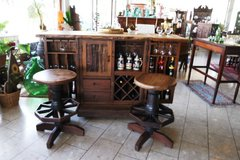 solid wood folding bar set with 2 matching stools in Spangdahlem, Germany
