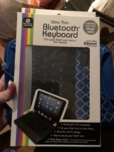 iPad mini Bluetooth keyboard and case in Fort Campbell, Kentucky