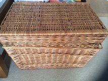 LARGE FLIP TOP LID WICKER HAMPER/ STORAGE CHEST in Lakenheath, UK