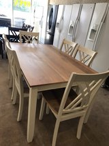 Beautiful dining table with 6 chairs in Cleveland, Texas