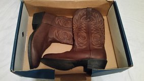 Durango Cowboy Boots Size 8D in Fort Polk, Louisiana