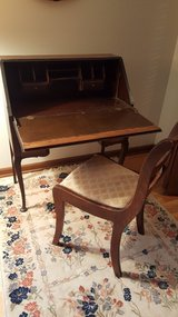 Drop front desk and chair in Naperville, Illinois