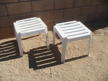 ==  2 x Plastic Stools  == in Yucca Valley, California