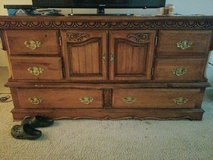 solid wood dresser in Fort Knox, Kentucky