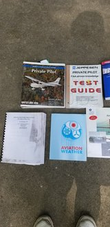 Private Pilot training kit DVD's and books 2009 in Yorkville, Illinois