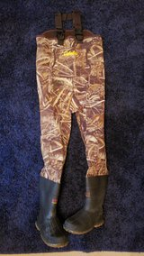 Youth waders New size 6 in Houston, Texas