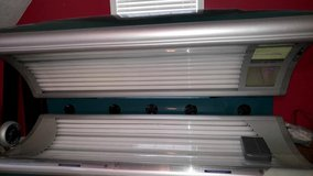 Rejuvasun Tanning Bed....Perfect condition...very low hours used in Warner Robins, Georgia