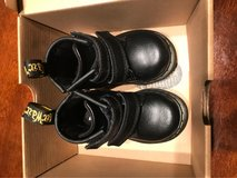 Dr Martens shoes size 5 in Camp Pendleton, California