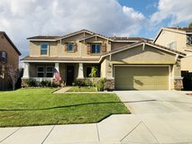 Single Family Residence in Lake Elsinore in Camp Pendleton, California