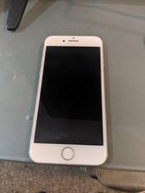 iPhone 7 128gb unlocked silver in Yucca Valley, California