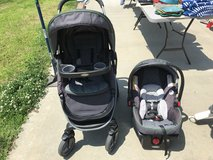 Graco modes click connect stroller and car seat combo in Fort Campbell, Kentucky