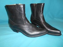 Men's Size 10 cowboy boots in Algonquin, Illinois