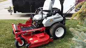 "60"" commercial Lawn mower in Fort Leavenworth, Kansas"