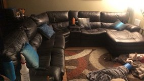 sectional leather couch in Tacoma, Washington