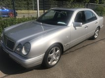 Mercedes E 280 Automatic Sportline AC sunroof xenon headlights new Inspection free delivery! in Grafenwoehr, GE