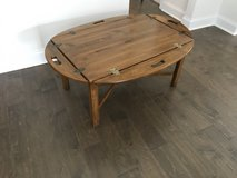 Ethan Allen butler tray coffee table in Beaufort, South Carolina
