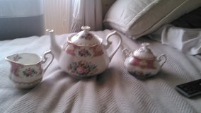 1944 Royal Albert Lady Carlyle Tea Pot Set in Fort Bliss, Texas