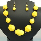 YELLOW SET in Pearland, Texas