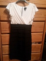 Very nice party special occasion dress size 8 in Fort Bragg, North Carolina