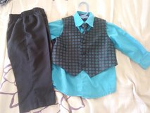 4 piece suit size 12 mo in 29 Palms, California